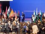 Oleg  furling the flag after closing ceremony.JPG